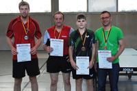 Mirco Brencher (ganz rechts) bei der Siegerehrung der Kreiseinzelmeisterschaften 2014